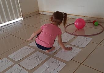 Imagem ilustrativa da solução Educação Física em casa: sugestões de atividades para famílias cuidarem do corpo e da mente