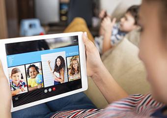 Imagem ilustrativa da solução Infância e tecnologia: como equilibrar online e offline durante a quarentena?