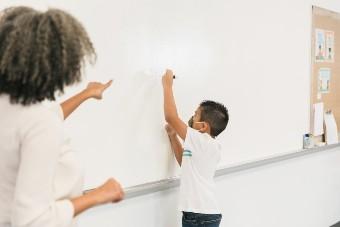 Imagem ilustrativa da solução Caminhos possíveis para levar o ensino híbrido para a escola pública