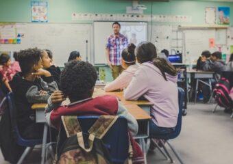 Imagem ilustrativa da solução Como funciona uma cooperativa escolar?