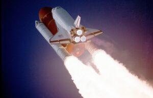 Imagem ilustrativa da solução Ônibus espacial: uma viagem para o espaço