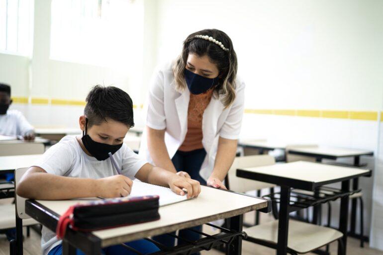 Imagem ilustrativa da solução Ensino Híbrido: planejamento para recuperar as aprendizagens perdidas